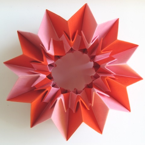 Origami Magic Circle (Inside Out Formation) by TheOrigamiArchitect ... | 480x480